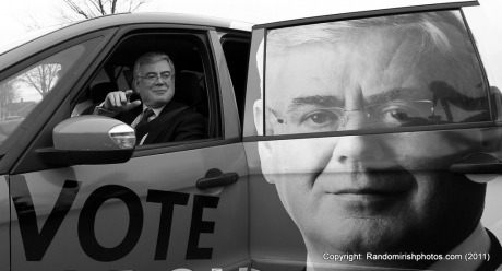 Eamon Gilmore casts his #ge11 vote